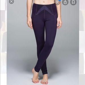 Lululemon black grape high waist exquisite legging